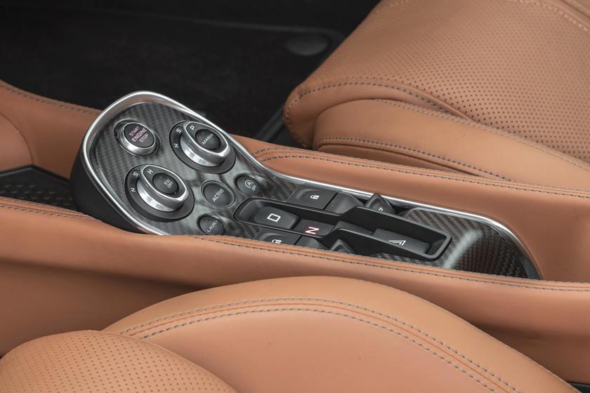 2017 McLaren 570GT CoupeAux Controls