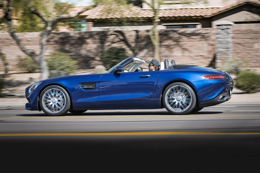 2018 Mercedes-Benz AMG GT Convertible Profile
