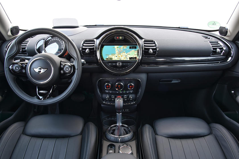 2017 MINI Clubman Cooper S ALL4 4dr Hatchback Dashboard
