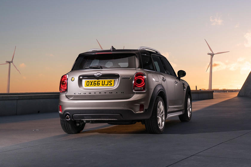 2018 MINI Countryman Cooper S E ALL4 Wagon Exterior