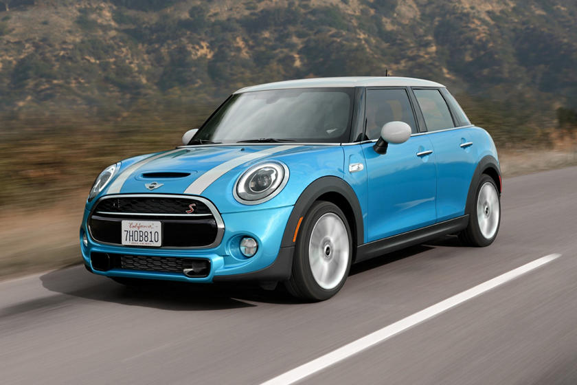 2018 MINI Hardtop 4 Door Cooper S 4dr Hatchback Exterior. Options Shown.