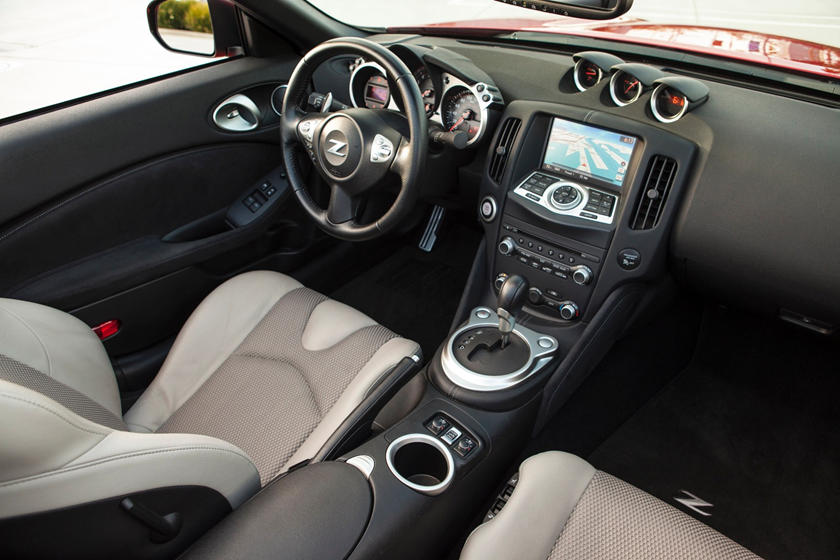 2017 Nissan 370Z Touring Sport Convertible Interior