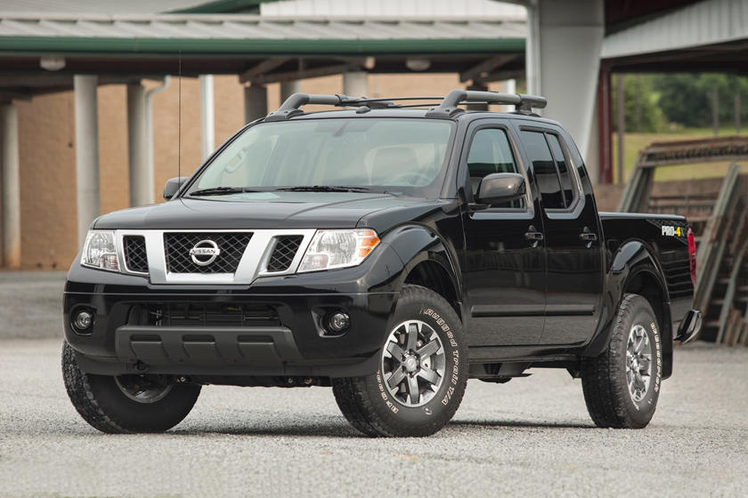 2017 Nissan Frontier PRO-4X Crew Cab Pickup Exterior Shown