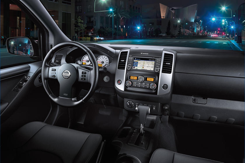 2017 Nissan Frontier PRO-4X Extended Cab Pickup Dashboard Shown