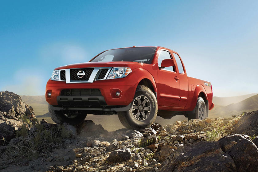 2017 Nissan Frontier PRO-4X Extended Cab Pickup Exterior Shown