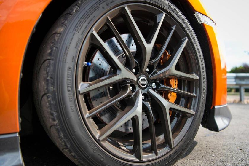 2017 Nissan GT-R Premium Coupe Wheel