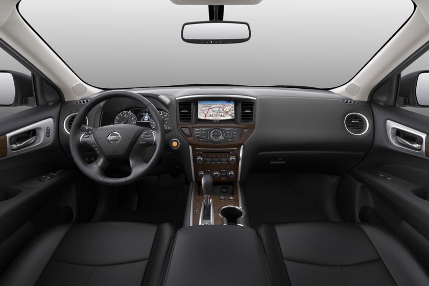 2017 Nissan Pathfinder Platinum 4dr SUV Dashboard