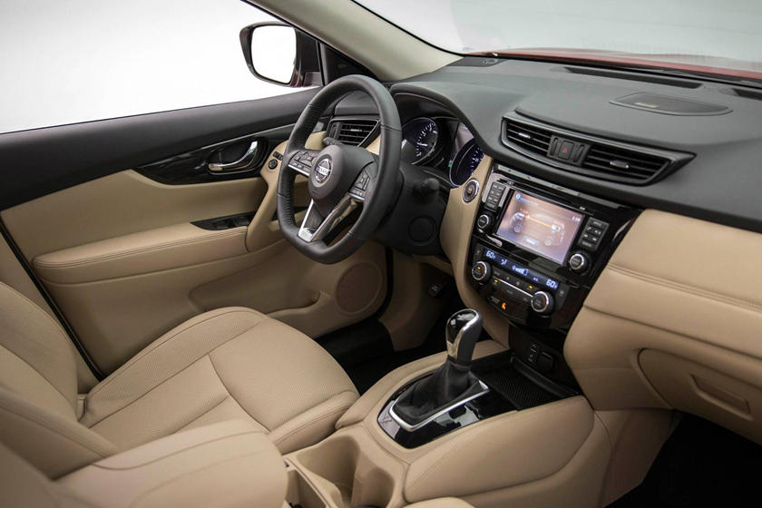 2017 Nissan Rogue SL 4dr SUV Interior Shown