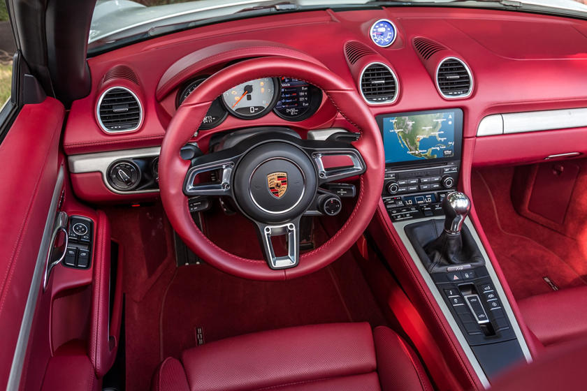 2018 Porsche 718 Boxster S Convertible Steering Wheel Detail