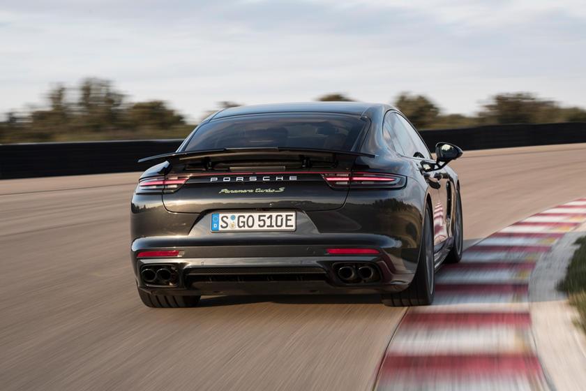 2018 Porsche Panamera Turbo S E-Hybrid Sedan Exterior