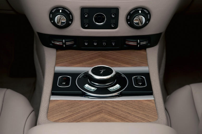 2016 Rolls-Royce Wraith Coupe Center Console