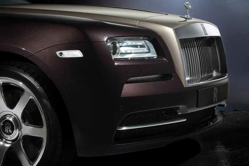 2016 Rolls-Royce Wraith Coupe Headlamp Detail