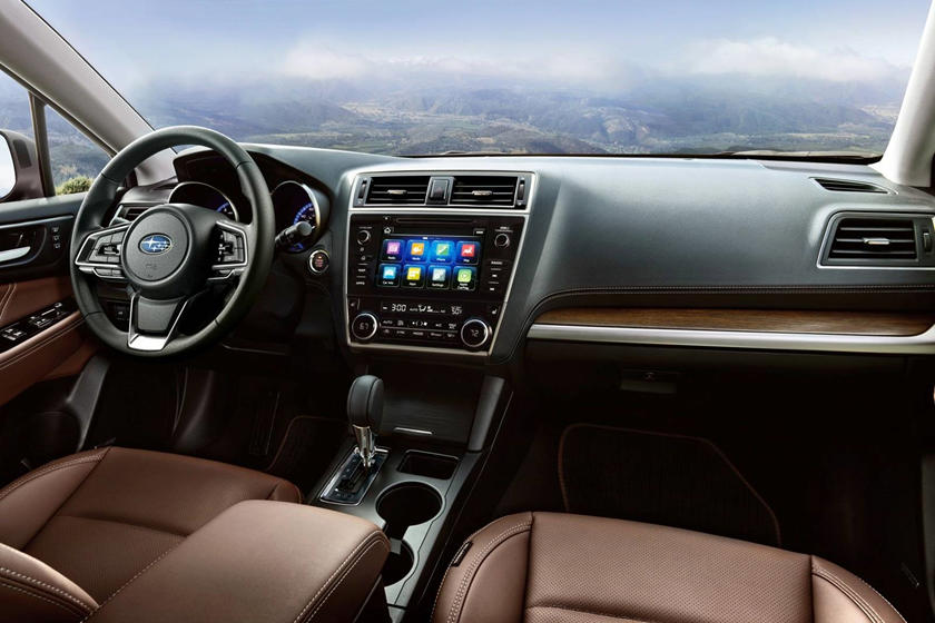 2018 Subaru Outback 3.6R TouringTouring 4dr SUV Dashboard