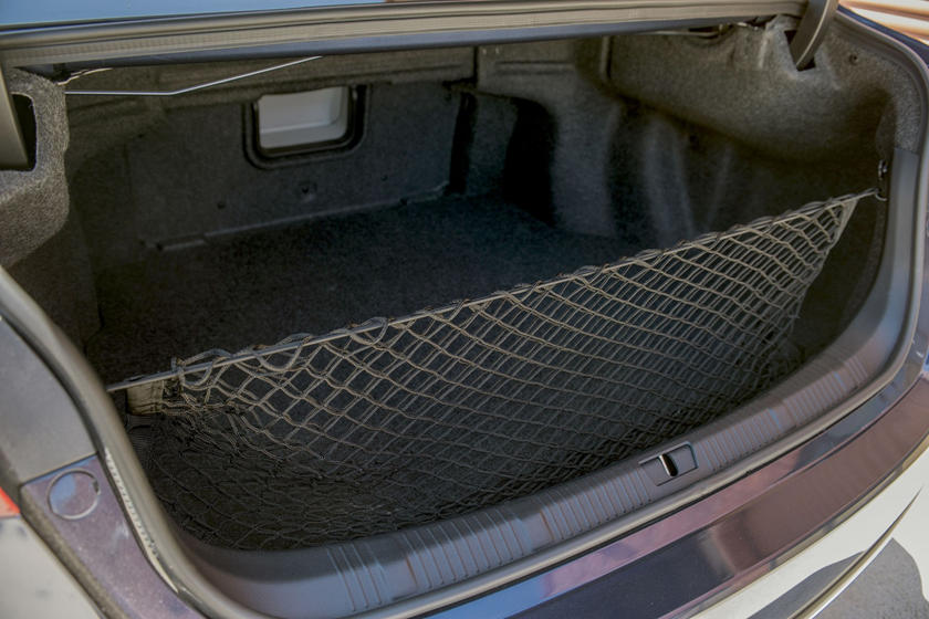 2018 Toyota Avalon Limited Sedan Cargo Area