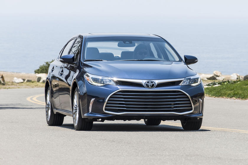 2018 Toyota Avalon Limited Sedan Exterior