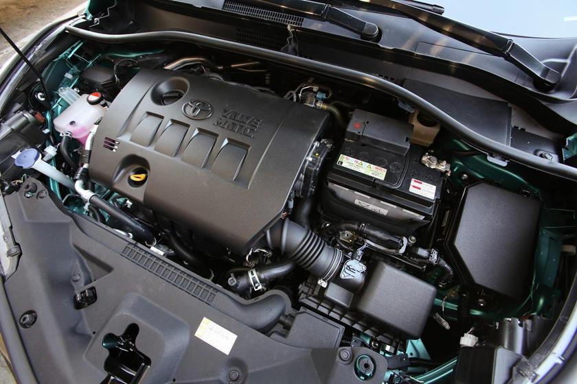 2018 Toyota C-HR XLE Premium 4dr SUV 2.0L I4 Engine