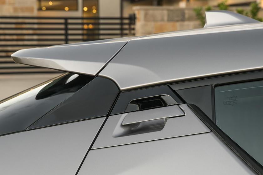 2018 Toyota C-HR XLE Premium 4dr SUV Exterior Detail