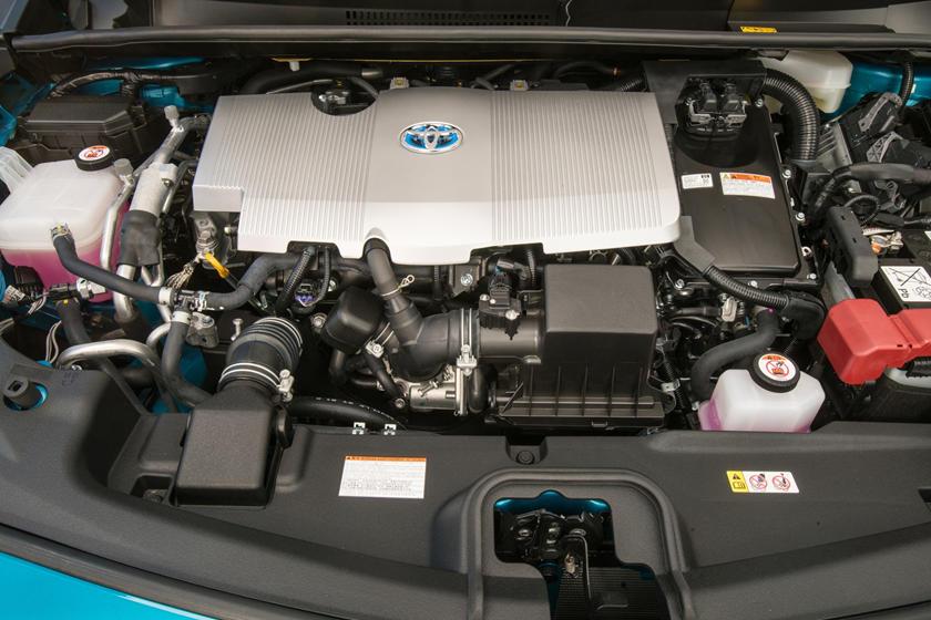 2017 Toyota Prius Prime Advanced 4dr Hatchback 1.8L I4 Gas/Electric Engine