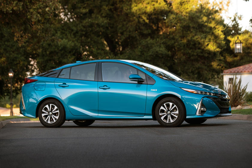 2017 Toyota Prius Prime Advanced 4dr Hatchback Exterior