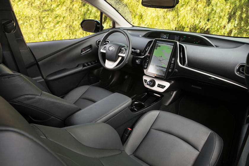 2017 Toyota Prius Prime Advanced 4dr Hatchback Interior
