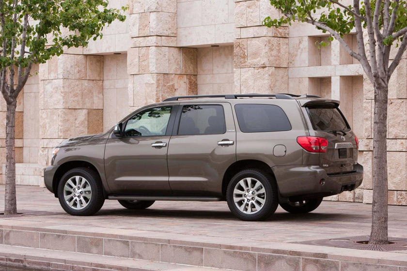 Toyota Sequoia Limited 4dr SUV Exterior