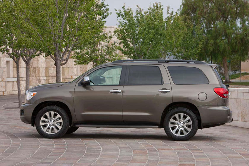 Toyota Sequoia Limited 4dr SUV Profile