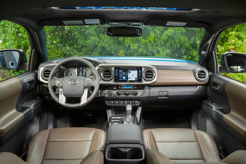 2017 Toyota Tacoma Limited Crew Cab Pickup Dashboard