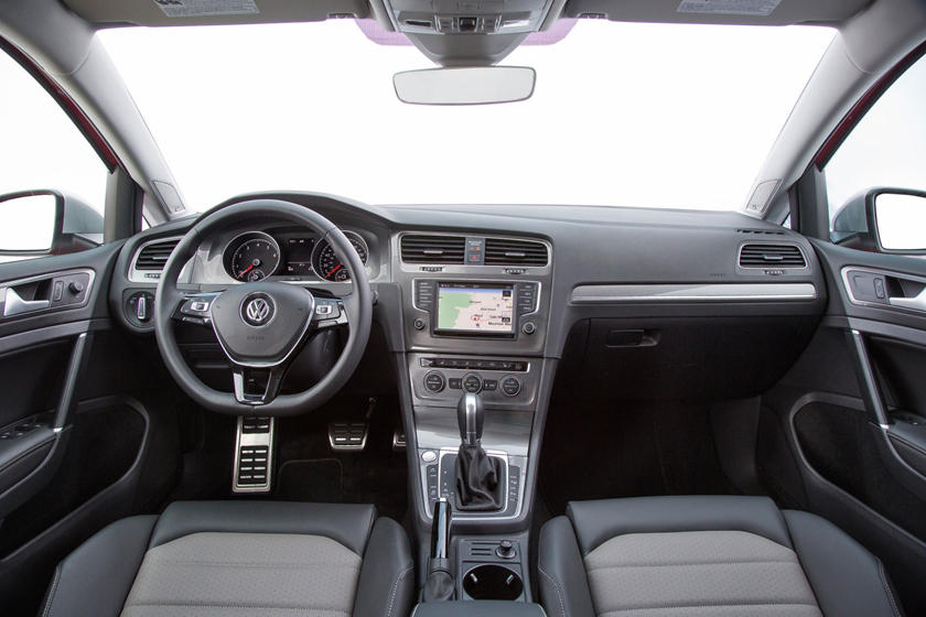2017 Volkswagen Golf Alltrack TSI SEL Wagon Dashboard Shown