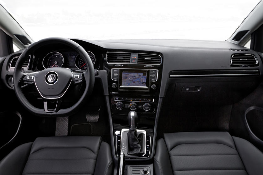 2017 Volkswagen Golf SportWagen TSI SEL Wagon Dashboard Shown