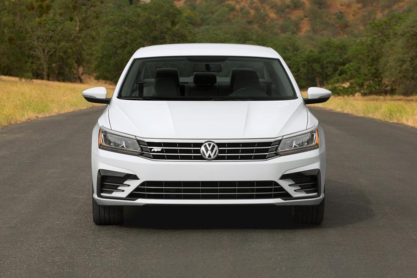 2017 Volkswagen Passat R-Line Sedan Exterior