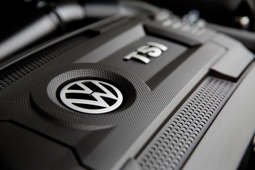 2017 Volkswagen Passat S Sedan 1.8L I4 Turbo Engine