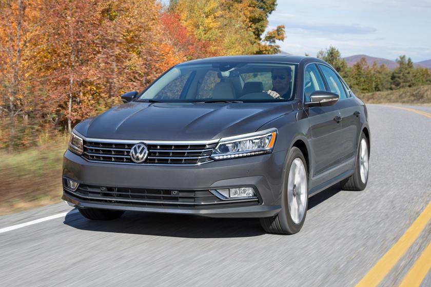 2017 Volkswagen Passat V6 SEL Premium Sedan Exterior