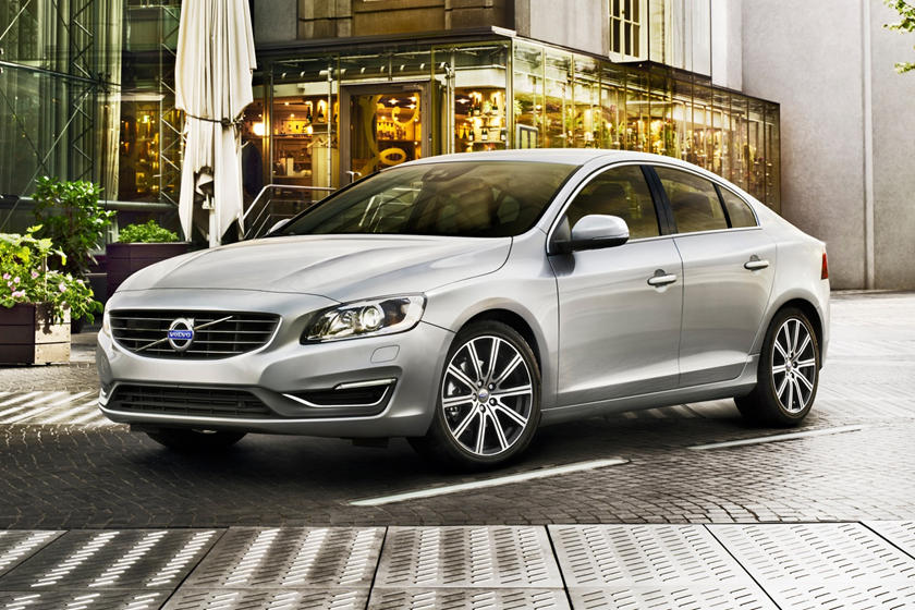 2018 Volvo S60 T5 Inscription Platinum Sedan Exterior Shown