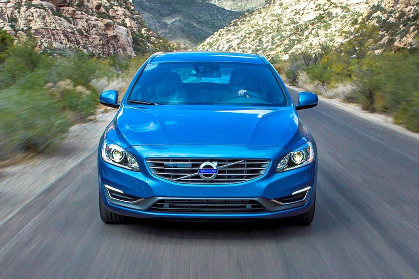 2017 Volvo V60 T5 Platinum Wagon Exterior Shown