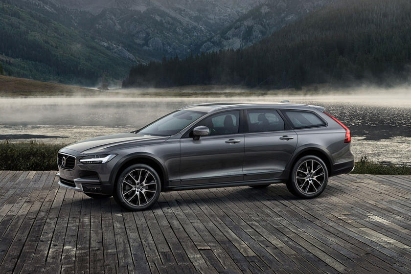 2017 Volvo V90 Cross Country T6 Wagon Exterior