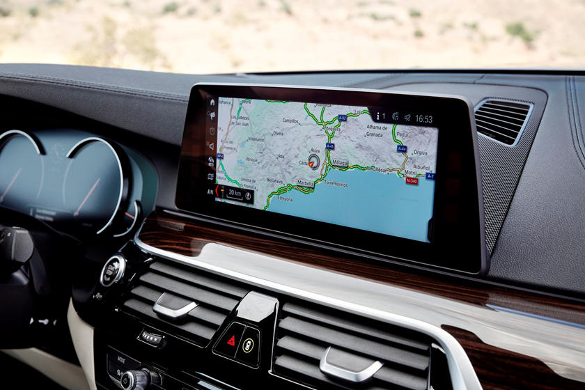2017-2019 BMW 5 Series Sedan Infotainment System