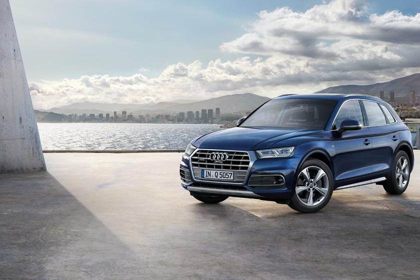 2016-2018 Audi Q5 Front Three-Quarter Left Side View