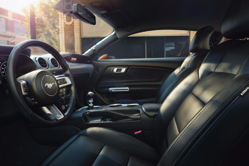 2018-2019 Ford Mustang Coupe Driver's Side Entry