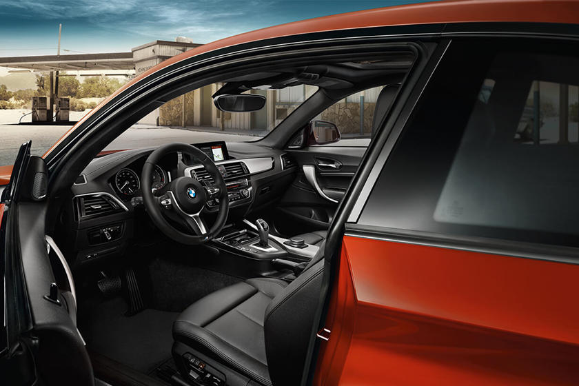 2018-2019 BMW 2 Series Coupe Driver's Side Entry