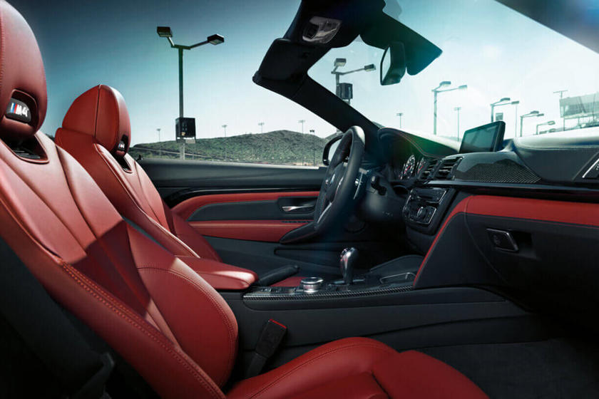 2018 BMW M4 Convertible https://trello.com/c/IZacG9a6/38-driver-and-front-passenger-seats-drivers-side-entry