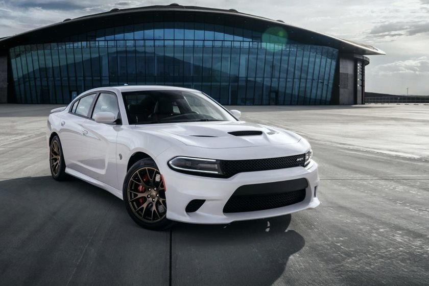 2015-2018 Dodge Charger SRT Front Three-Quarter Right Side View