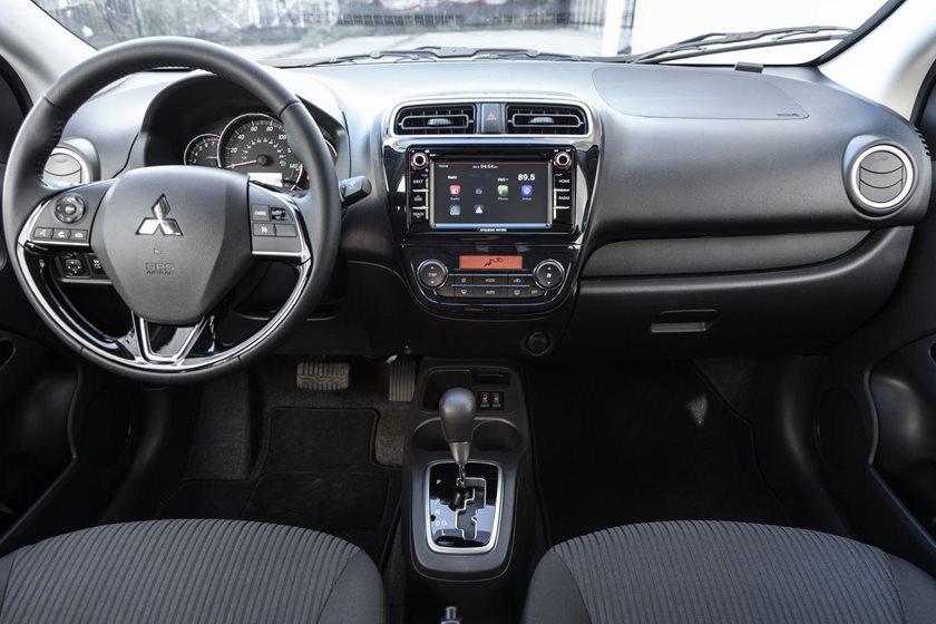2018 Mitsubishi Mirage G4 SE Sedan Dashboard