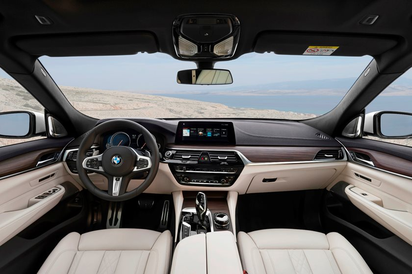 2018 BMW 6 Series Gran Turismo Driver and Passenger Front View