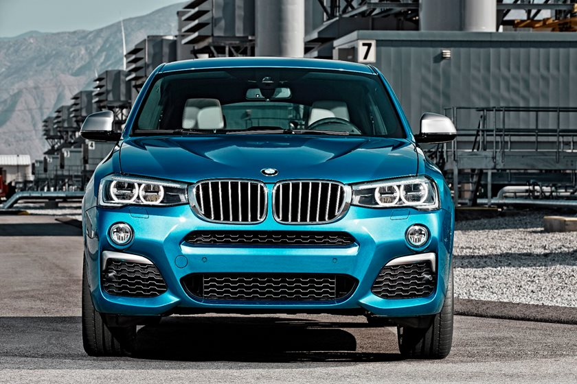 2015-2018 BMW  X4 Front View