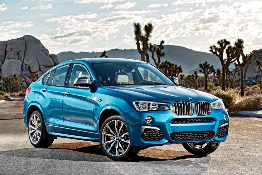2015-2018 BMW  X4 Front Three-Quarter Right Side View