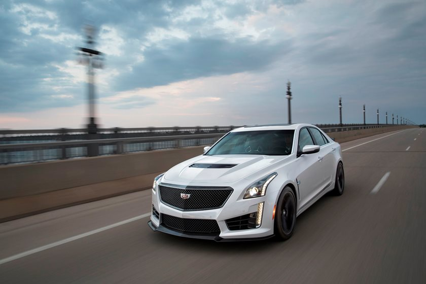 2016-2018 Cadillac CTS-V Sedan Front Side in Motion
