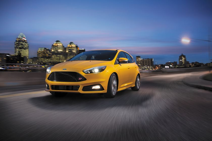 2015-2018 Ford Focus ST In Motion