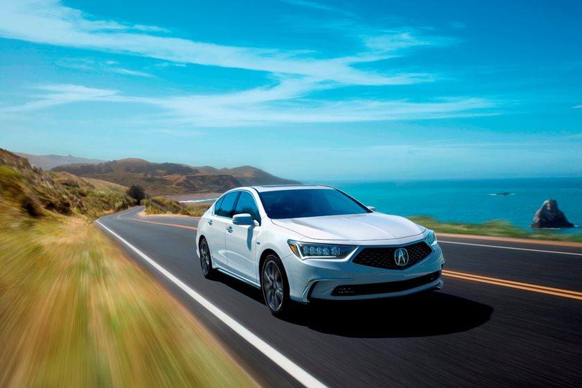 2018 Acura RLX Sedan In Motion