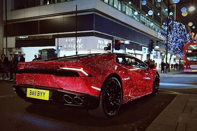 Merveilleux Lamborghini Huracan Coated In 1.3 Million Swarovski Crystals   CarBuzz