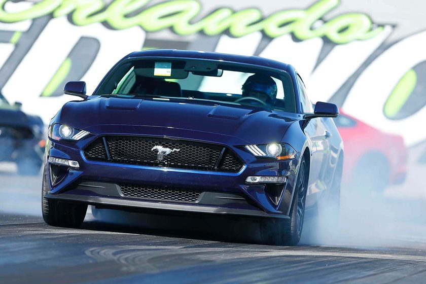 fast    ford mustang gt   quarter mile carbuzz